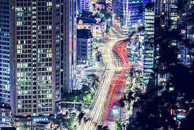 Seoul by night  - p1084m833143 by Operation XZ