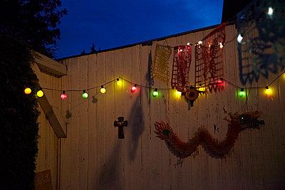 Lichterkette - p1146m1060119 von Stephanie Uhlenbrock