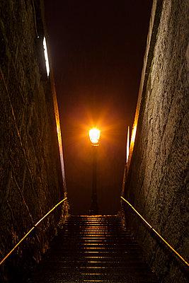 Walking to the light, Paris, France - p778m2037553 by Denis Dalmasso