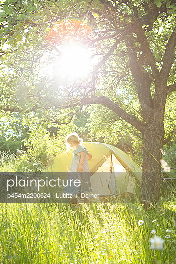 Nature camping - p454m2200624 by Lubitz + Dorner