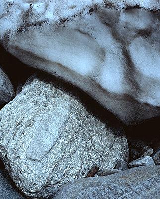 Stones - p1016m766988 by Jochen Knobloch