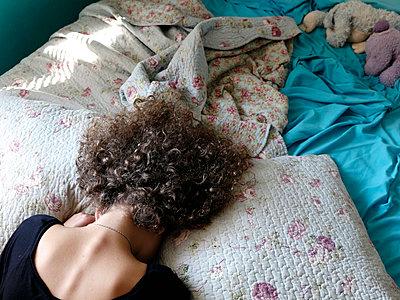 Desperation - p1105m2054040 by Virginie Plauchut
