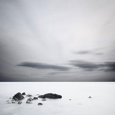 Mystik am Meer - p1137m1559148 von Yann Grancher