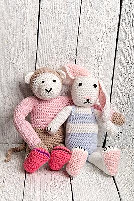 Häkel Affe und Hase - p451m1042520 von Anja Weber-Decker