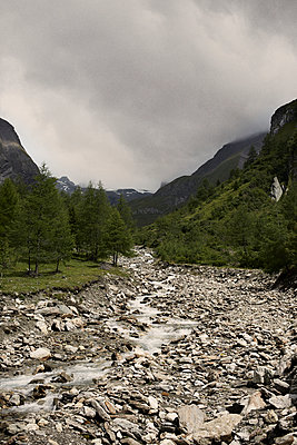 Brook bed in Tyrol - p850m933401 by FRABO