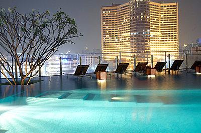 Hotelpool in Bangkok - p6060028 von Iris Friedrich