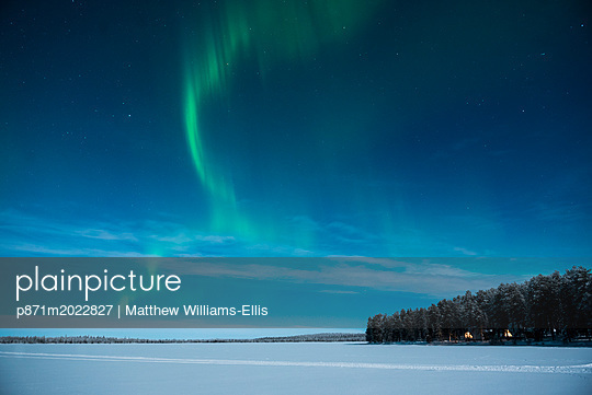 p871m2022827 von Matthew Williams-Ellis