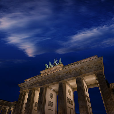 Brandenburg Gate - p1038m1514989 by BlueHouseProject