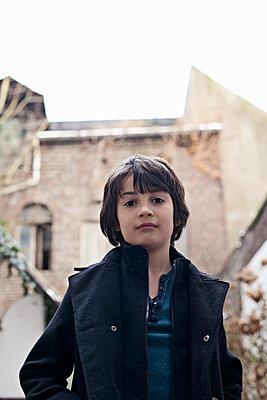 Portrait - p586m787537 von Kniel Synnatzschke