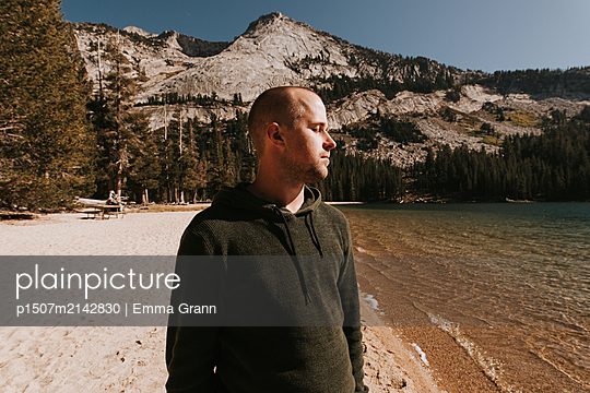 Views of Yosemite - p1507m2142830 by Emma Grann