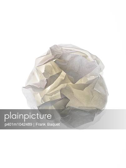 Paper - p401m1042489 by Frank Baquet