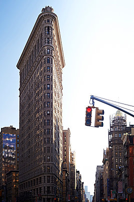 Flatiron Building in New York - p900m880277 by Michael Moser