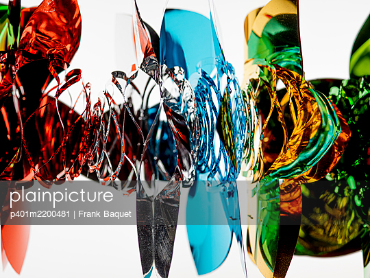 Party garland - p401m2200481 by Frank Baquet