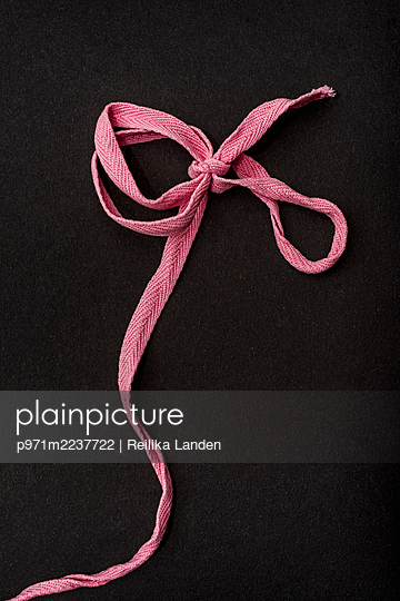 Pink ribbon - p971m2237722 by Reilika Landen