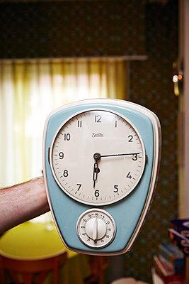 Wanduhr - p1272m1333318 von Steffen Scheyhing