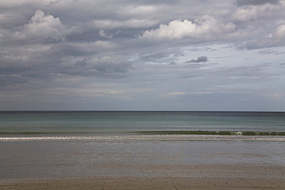 Seascape with stormy sky - p3881752 by Ulrike Leyens
