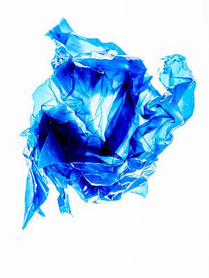 Blue plastic foil - p401m2196108 by Frank Baquet