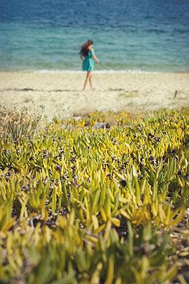 Spaziergang am Meer - p1432m2134618 von Svetlana Bekyarova