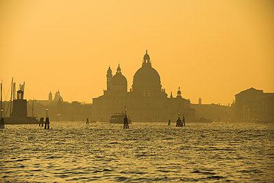 Sonnenuntergang in Venedig - p1493m1584753 von Alexander Mertsch
