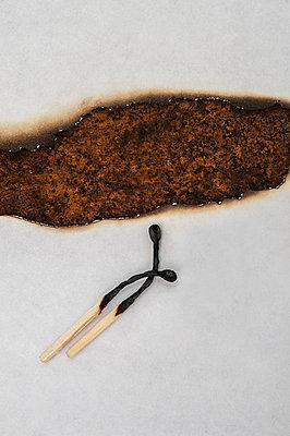 Verbrannt - p971m911961 von Reilika Landen