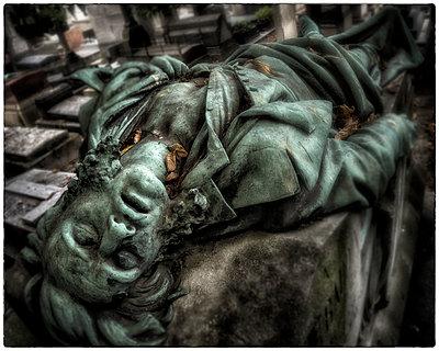 Impact of Death - p1154m1074072 by Tom Hogan