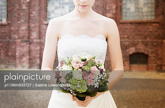 Bride - p1136m933727 by Sabine Lewandowski
