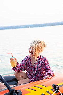 Fresh lemonade - p454m2055703 by Lubitz + Dorner