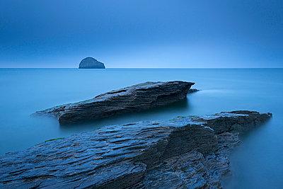 Twilight on the rocky North Cornish coast at Trebarwith Strand - p871m861625 by Adam Burton