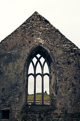 Burrishoole Abbey - p470m1223707 von Ingrid Michel