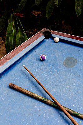 Pool table - p1177m2111170 by Philip Frowein