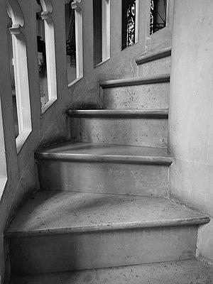 Marble staircase - p945m2216387 by aurelia frey