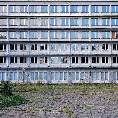 Prora Aussenanlage - p9790013 von Bohnhof