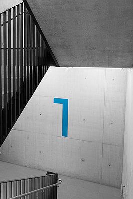 Treppenhaus - p383m1445237 von visual2020vision