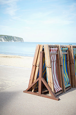 Beach chairs for rent - p464m854733 by Elektrons 08