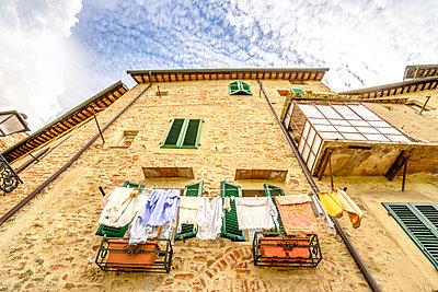 Italy, Tuscany, San Gimignano, - p300m978044f by pure.passion.photography