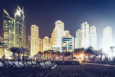 Dubai - p642m892515 by brophoto