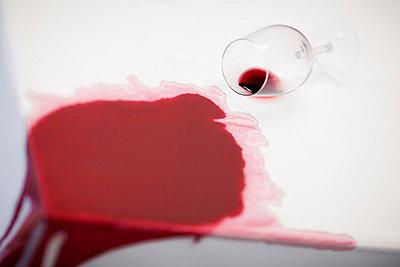 Glass of wine - p6950111 by Rui Camilo