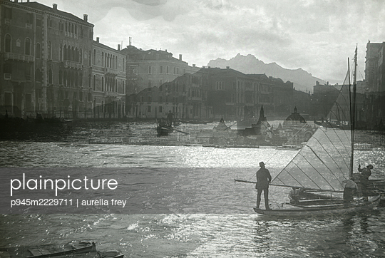 Italien, Venedig, Segeln - p945m2229711 von aurelia frey