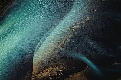 River by da drone - p1585m2285344 by Jan Erik Waider