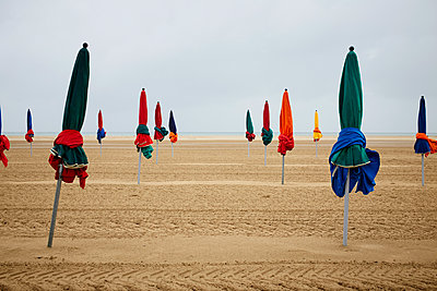 Deauville - p464m1115851 by Elektrons 08