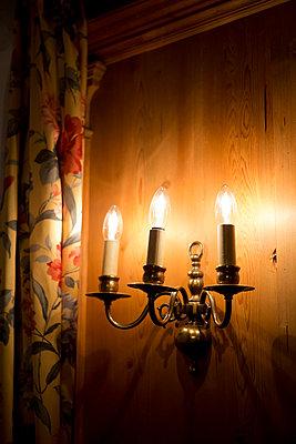 Alle Lampen an - p454m1208733 von Lubitz + Dorner