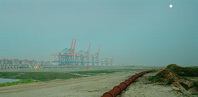 Rotterdam - p1132m1071988 by Mischa Keijser
