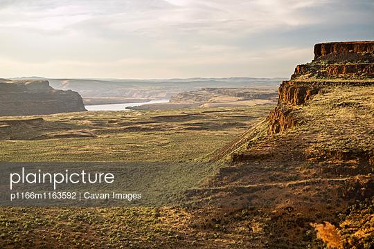 p1166m1163592 von Cavan Images