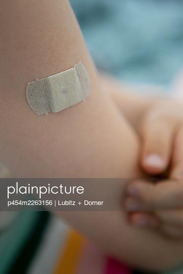 With vaccination plaster - p454m2263156 by Lubitz + Dorner