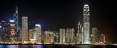Skyline von Hong Kong - p26816012 von Arne Landwehr