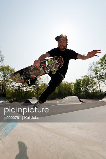 Skateboard fahren - p2200781 von Kai Jabs
