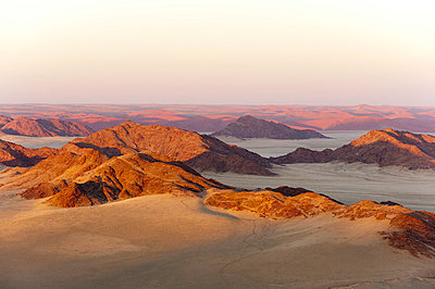 Aerial view, Namib Naukluft Park, Namib Desert, Namibia, Africa - p871m711312 by Sergio Pitamitz
