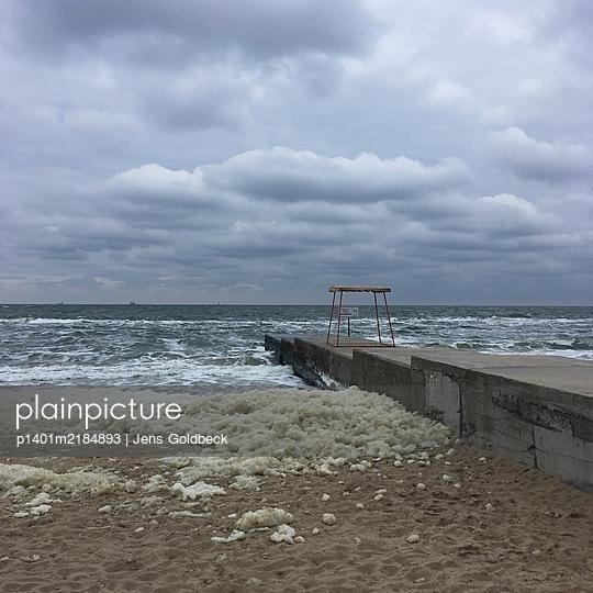 Ukraine, Odessa, Stürmische See - p1401m2184893 von Jens Goldbeck