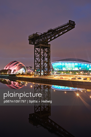 Glasgow - p587m1091797 by Spitta + Hellwig