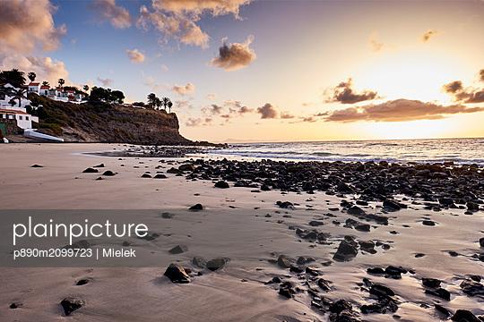Sunrise on Fuerteventura - p890m2099723 by Mielek